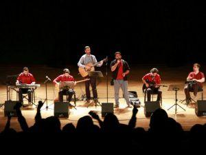 Grup Yürüyüş'ün Uludağ Üniversitesi Konseri