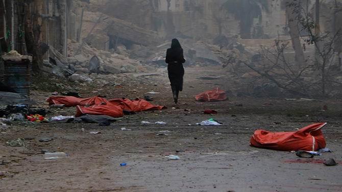 Halep'ten Kaçan Siviller Katlediliyor 1