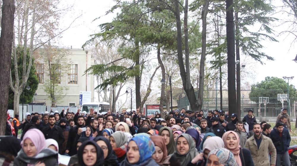 Üniversiteli Müslümanlar Halep İçin Beyazıt'ta Toplandı! 1