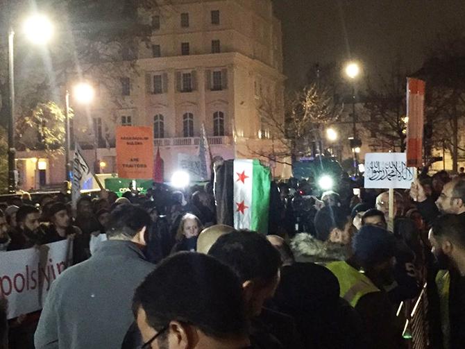 Londra'da Bir Gecede İki Suriye Eylemi 1
