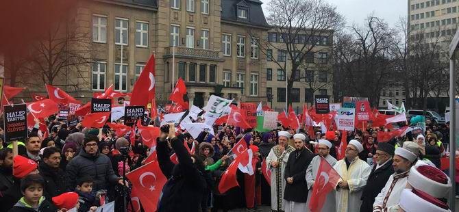 Halep'teki Katliamlar Almanya'da Protesto Edildi!
