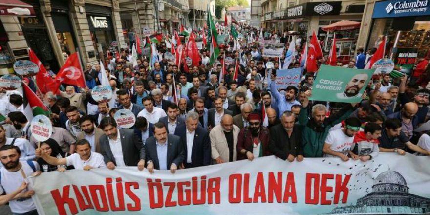 Binlerce Filistin Sevdalısı 'Özgür Kudüs' İçin Yürüdü