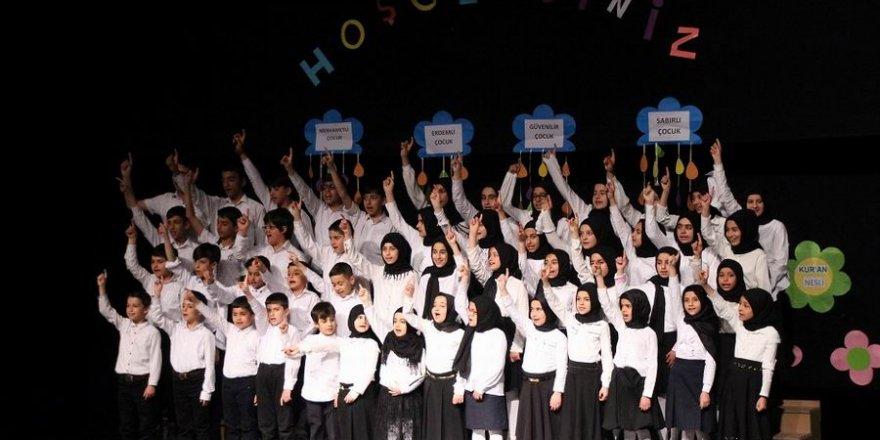 Bingöl Özgür Çocuk Kulübü Yıl Sonu Etkinliği Düzenledi