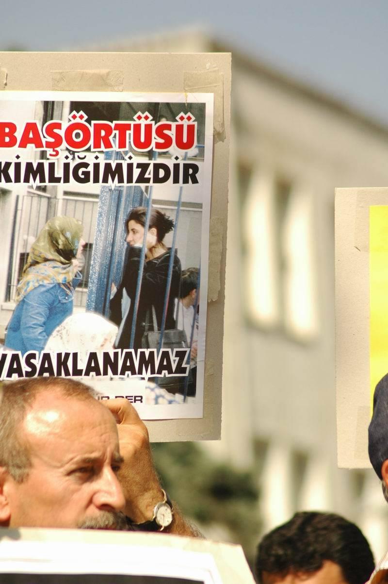 Fotoğraflarla avukat Necip Kibar 1