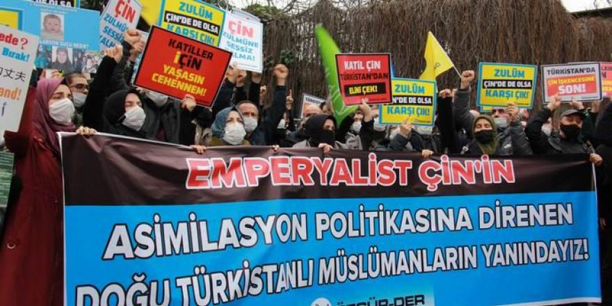 Doğu Türkistanlı Müslümanlara destek eylemi
