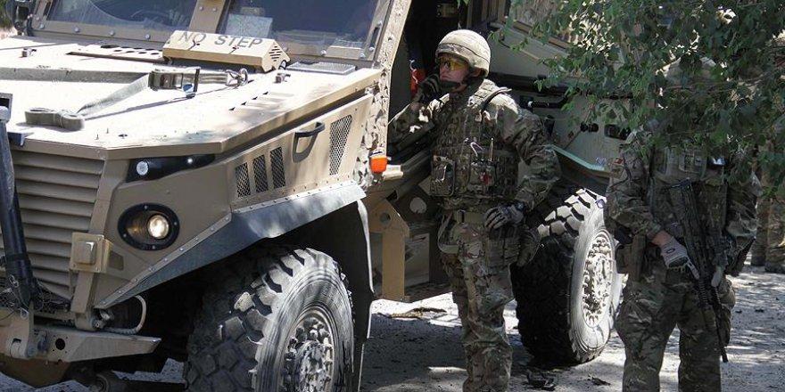 1 Afgan Askeri ABD Askerlerine Saldırdı