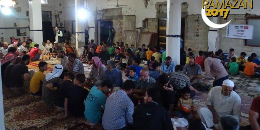 Humus'ta Savaşın Gölgesinde İftar