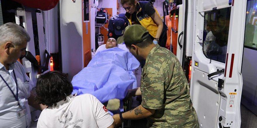 Manisa'da Neler Oluyor: Askerler 3 Kez Zehirlendi