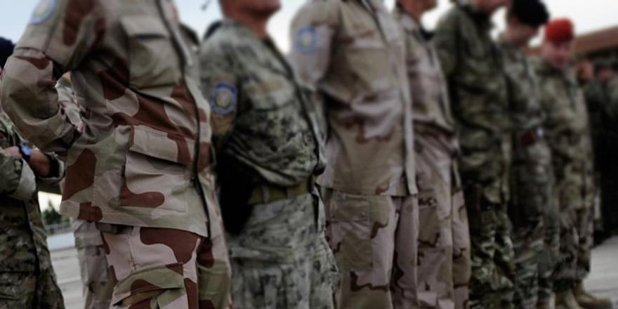 Danimarka, Afganistan'a Asker Gönderme Kararını Askıya Aldı