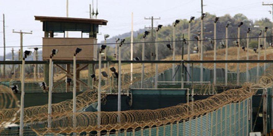 """Yemen'de BAE'nin Desteklediği """"Gizli Hapishaneler"""" İddiası"""