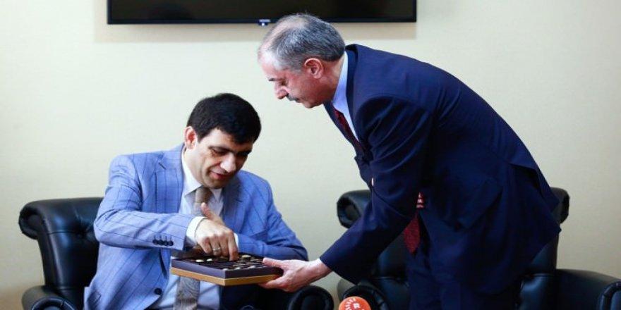 Saadet Partisi'nden HDP'ye Bayram Ziyareti!