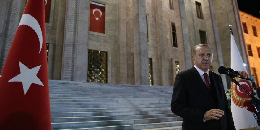 Cumhurbaşkanı Erdoğan, Saat 02:32'de Meclis'te Konuşma Yapacak