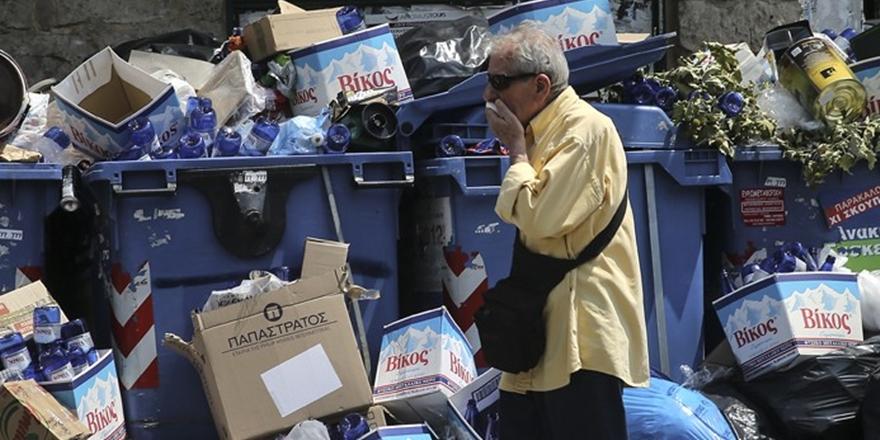 Yunanistan'da Çöp Krizi Büyüyor!