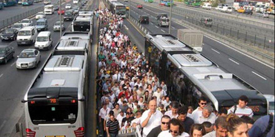 İBB verilerine göre: İstanbullular en çok ulaşımdan şikayet etti