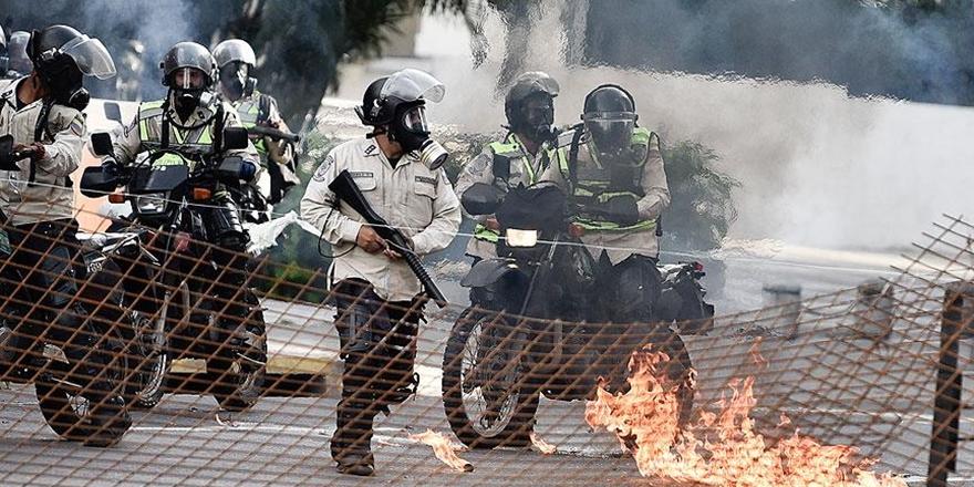 Venezuela'daki Gösterilerde 4 Kişi Daha Öldü