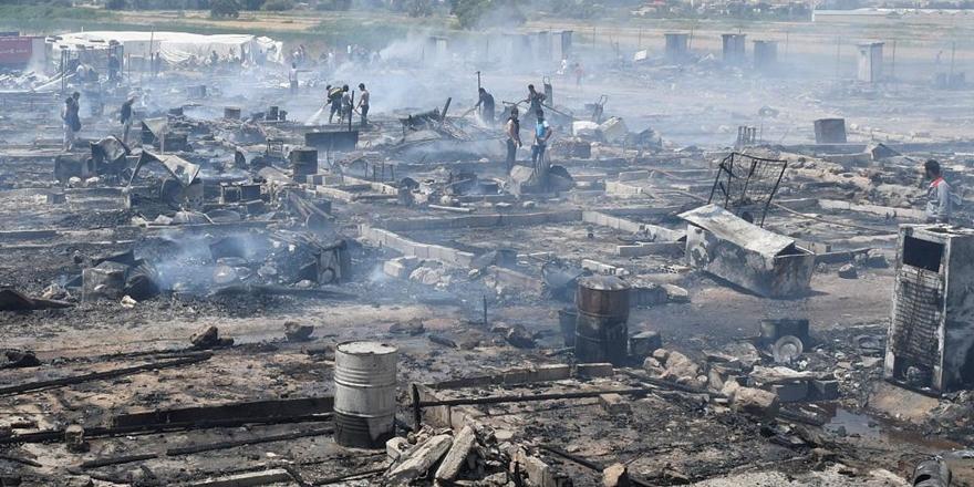 Lübnan'da Mülteci Kampında Yangın!