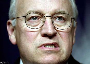 """Cheney: """"İşkencecilere Nişan Verilsin!"""""""