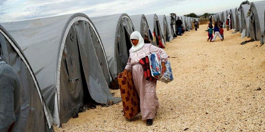 """""""Mülteciler Üzerinden Bir Provokasyon Girişimi"""""""