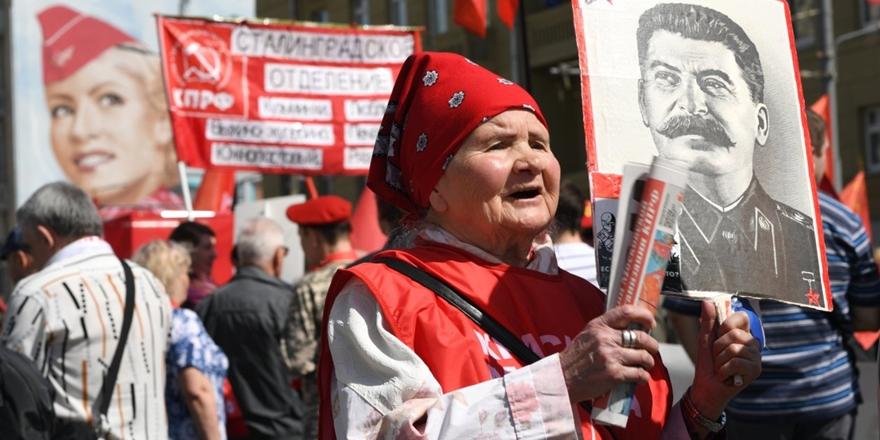 Rusya'da Stalin'e Yönelik Saygının Nedeni Ne?