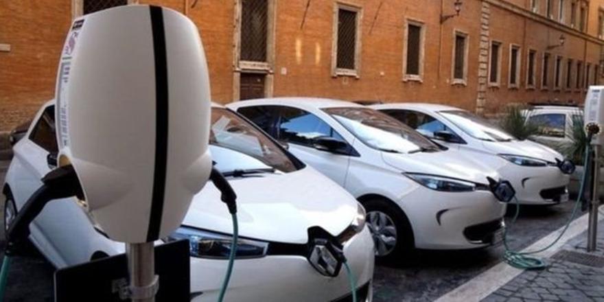 Fransa, Fosil Yakıtlı Araçları 2040'ta Yasaklayacak