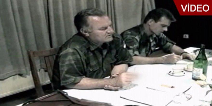 Hollanda Askerinin Srebrenitsa İtirafı