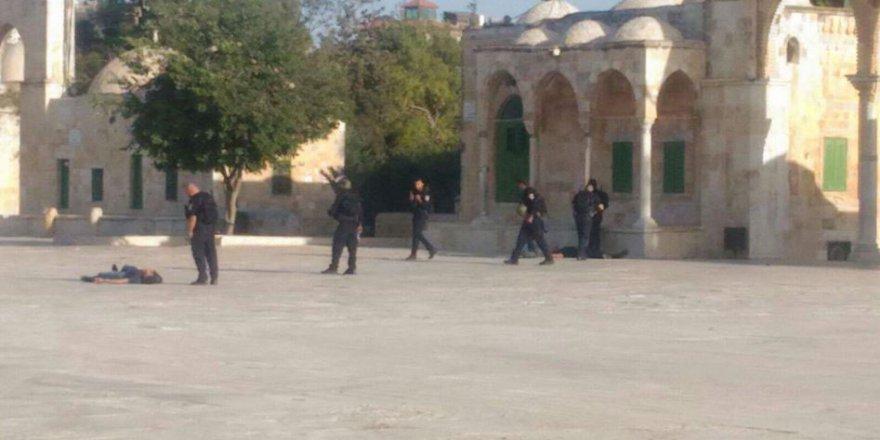 Kudüs'teki Silahlı Çatışmada İki İşgalci Asker Öldürüldü