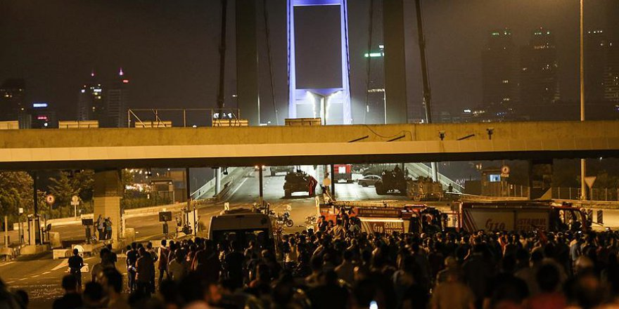 15 Temmuz'da Köprünün Karşı Tarafındakiler