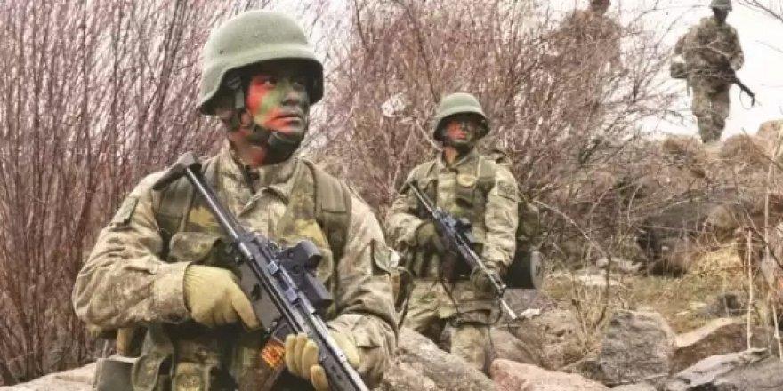 Hakkâri'de Askeri Araca Bombalı Saldırı: 4'ü Ağır 17 Yaralı