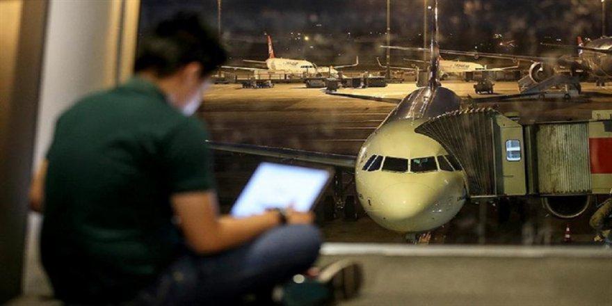 İngiltere'de Uçuşlarda Elektronik Yasak Bitti