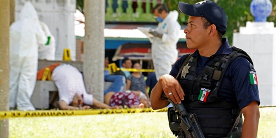 Meksika'da 1 Ayda 2 Bin 234 Cinayet!