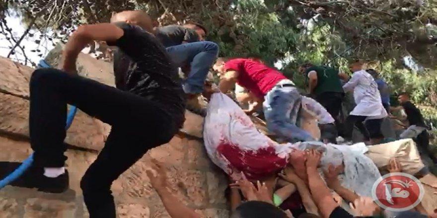 Filistinliler Şehitlerinin Naaşını Siyonistlere Bırakmadılar
