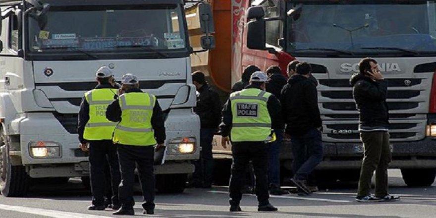 İstanbul'da Trafik Polislerine 'Rüşvet' Operasyonu