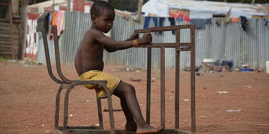 """""""Dünyada Okula Gidemeyen Çocukların Yarısı Nijerya'da"""""""