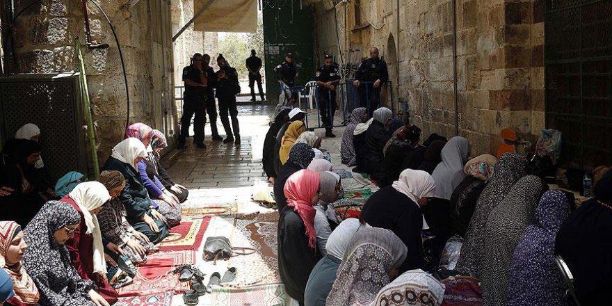 Filistinliler Mescid-i Aksa İçin Cuma Günü Meydanlarda Olacak