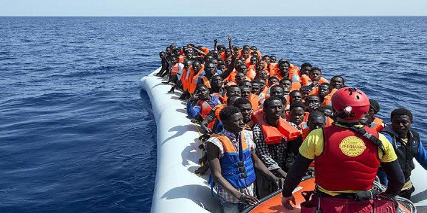 Çeşme'de Göçmenleri Taşıyan Bot Battı: 4'ü Çocuk 6 Ölü