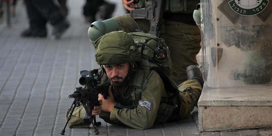 İşgalci İsrail Askerlerinden Batı Şeria'da 20 Filistinliye Gözaltı!