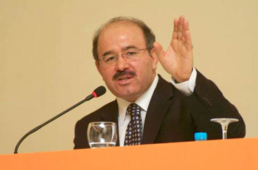 AK Parti Tutuklu Vekiller Önerisini Reddetti