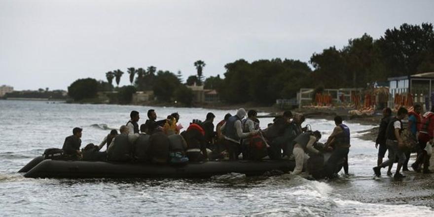 Almanya'da Yargılanan İnsan Kaçakçılarına Hapis Cezası