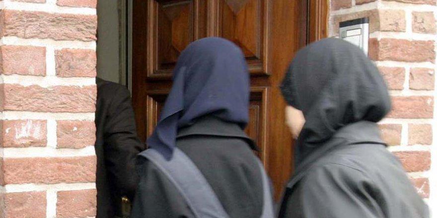 Başörtüsü Zorla Çıkarılan Müslüman Kadına 85 Bin Dolar Tazminat