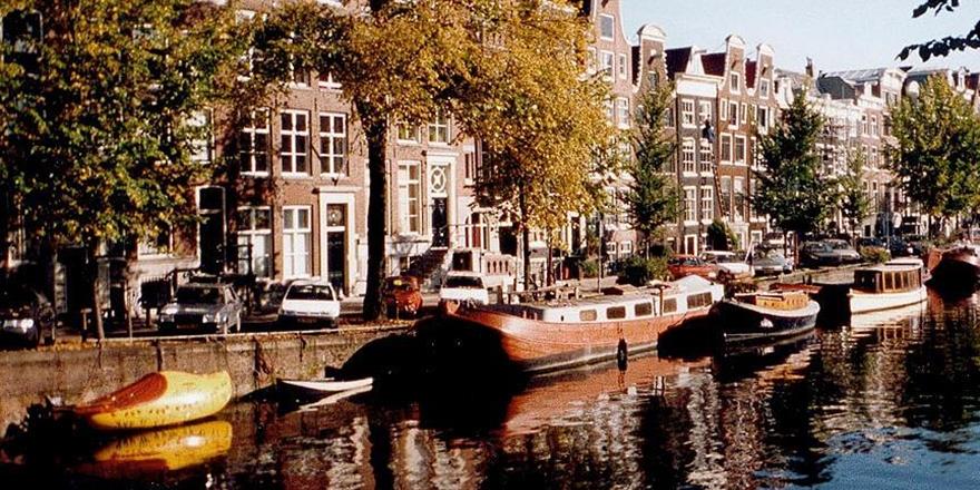 Hollanda'da Ev Kiralamak İsteyen Iraklı Kadına Irkçı Yanıt!