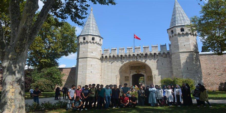 Bingöl Bilgi ve Düşünce Derneği Öğrencileri İstanbul Gezisi'nde Buluştu