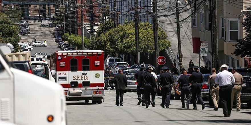 Chicago'da Silahlı Saldırılar: 8 Ölü, 54 Yaralı