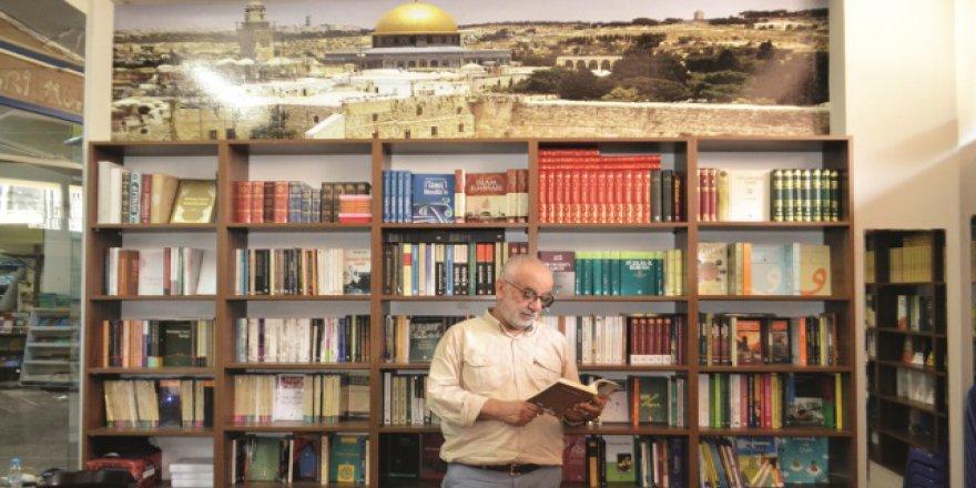Kozahan Kitabevi Özelinde Kitabevlerinin Tarihî Misyonu ve Mevcut Sorunları