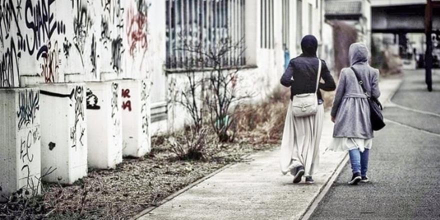 Hollanda'da Müslümanlara Yönelik Ayrımcılığa Duyarsızlık!