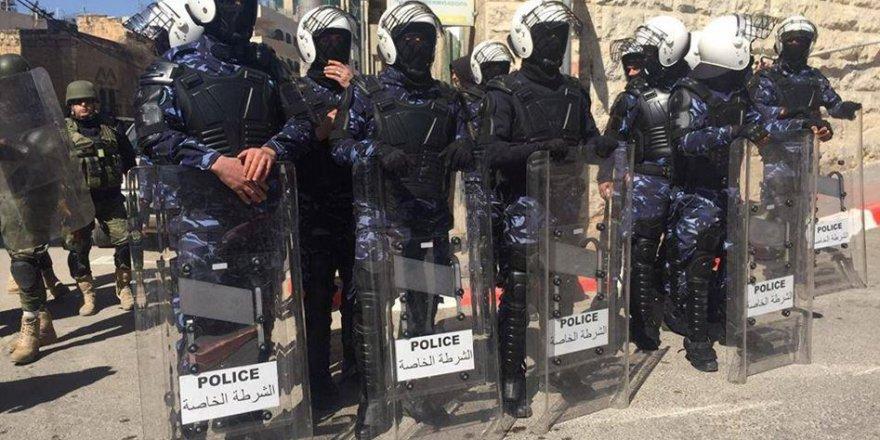Abbas Yönetiminin Siyasi Amaçlı Tutuklamaları Devam Ediyor