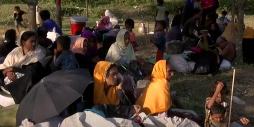 Arakanlı Müslümanlar: Bizi Katlediyorlar!