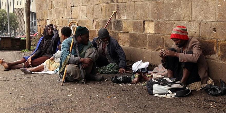 Etiyopya'daki Evsizlerin Yaşam Mücadelesi!