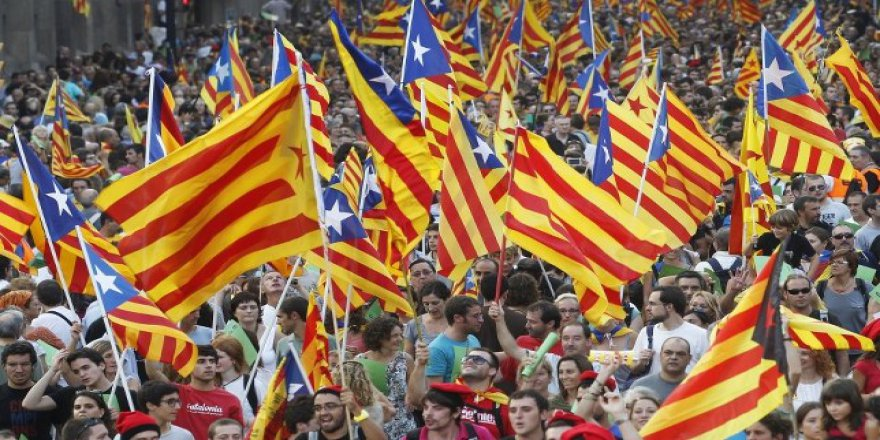 Katalonya Bağımsızlık İçin Referanduma Gidiyor