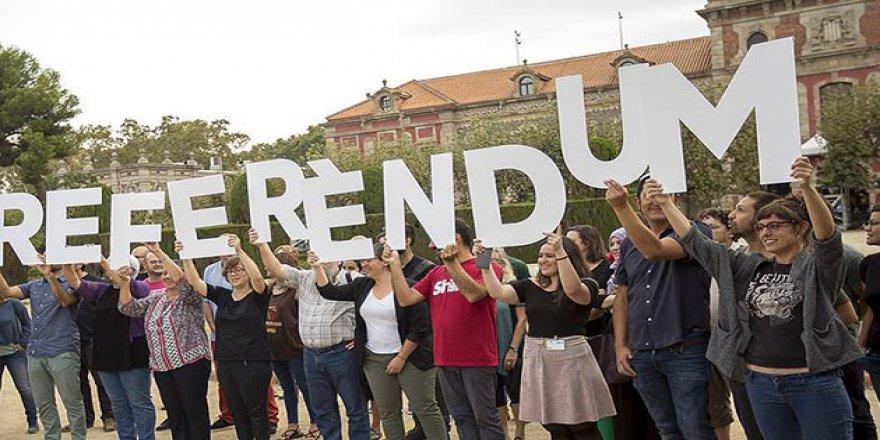 Katalonya'daki Bağımsızlık Referandumu Askıya Alındı
