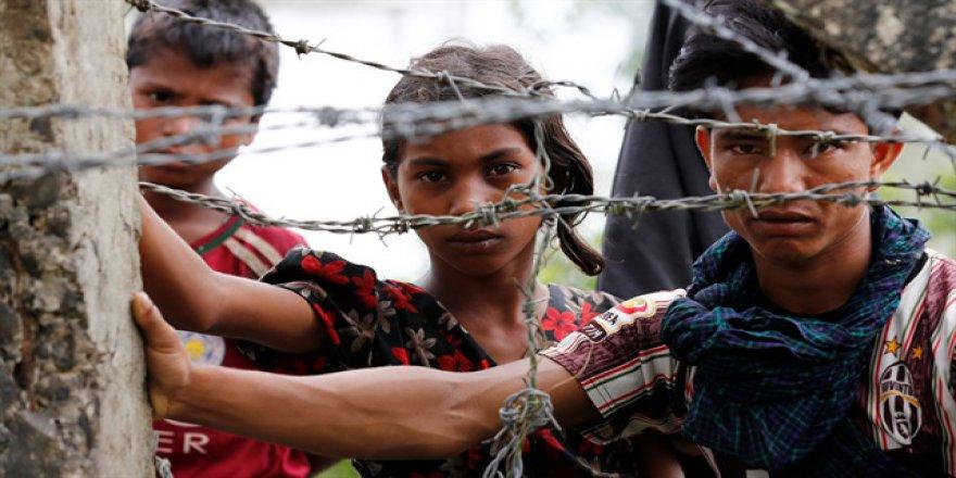 BM'den Arakan Açıklaması: Bangladeş'teki Kamplarda Yer Kalmadı!